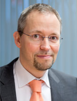 Dr. med. Michael Hübschen, Beisitzer DGPharMed